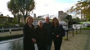 Norah, Anne, Geoff, Lisa beside the lock