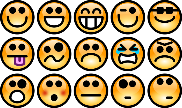 https://openclipart.org/image/800px/svg_to_png/18499/Chrisdesign-Glossy-Smiley-Set-3.png
