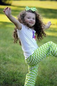 girl child dancing