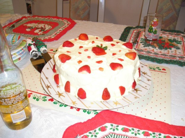 celebrating Christmas with a strawberry torte